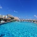 grand-park-royal-cancun-piscinas